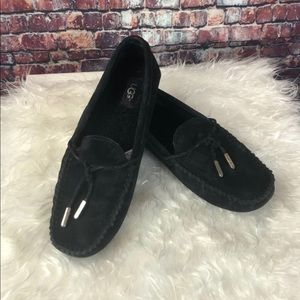 Perfect UGG Moccasin Slipper Shoes